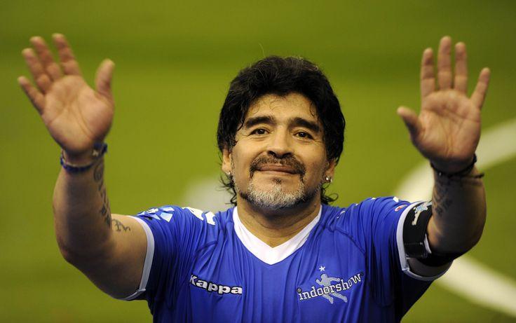 Maradona remercie tout ses fans après un match de charité#ThankYou#Merci#Gracias#Number10#9ine @Maradona