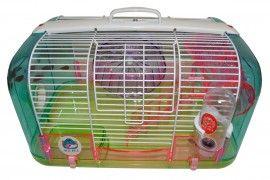 Cusca rozatoare colorata - cu accesorii - 42 x 26 x 26 h.  -  Realizata din material plastic si metal, usoara, dar rezistenta.