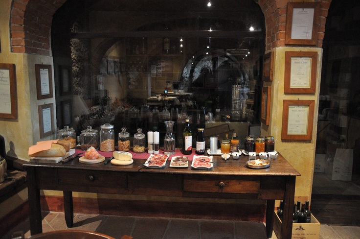 organic breakfast at il Molinello