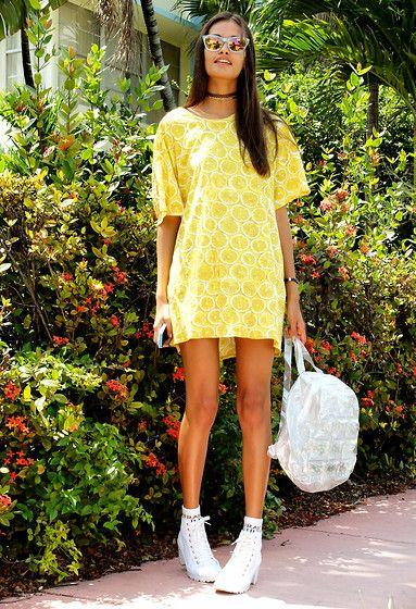 Gizele Oliveira - Motel Rocks Dress, Cobra Snake Backpack, Topshop Shoes, Topshop Sunglasses - Orange juice