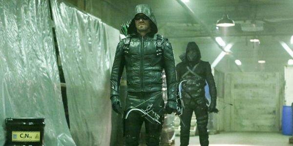 How Arrow's Finale Is Going To End, According To The Co-Showrunner #FansnStars