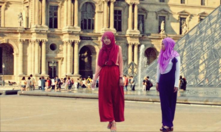 #LeMuseeDulouvre #Hijabers #IndonesianGirls