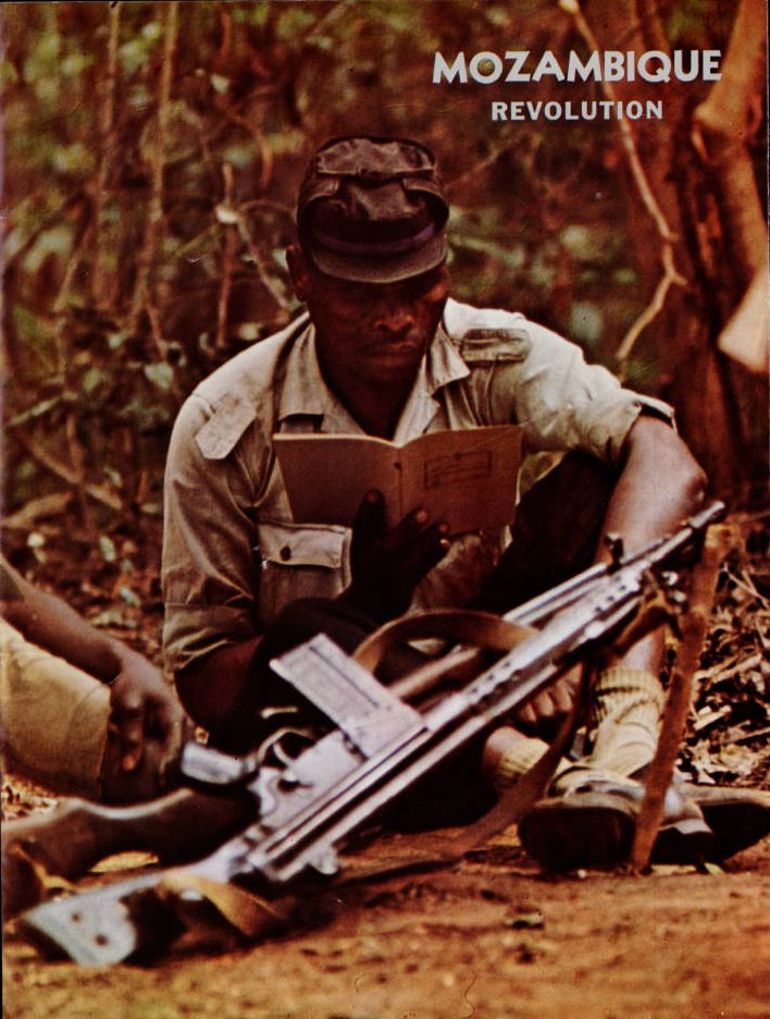 Mozambique Liberation Front (FRELIMO) - Mozambique revolution, no. 48 (1971 July-Sept.) - Department of Information