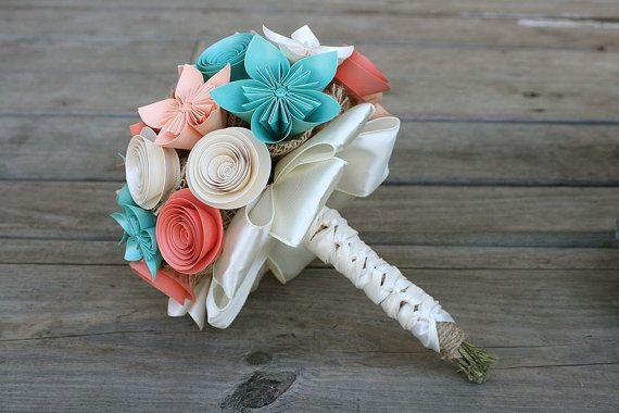 Dès linstant où il surgit la question et vous avez commencé la planification de votre grand jour, vous saviez que vous étiez la mariée à la recherche de quelque chose dun peu différent. Quelque chose encore magnifique pour votre journée de vision, mais pas la même chose dans tous les autres cette année de mariage. Un autre bouquet traditionnel fleurs cette fleur en papier bouquet est loption parfaite. Incluant une combinaison de kusudama (étoiles) fleurs et roses laminés ces main arrangé…
