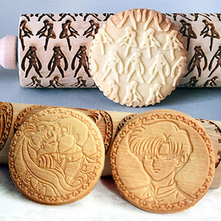 If you're just as bad as Sailor Moon in the kitchen, then one of these engraved rolling pins will surely come in handy! Spruce up the next thing you bake by imprinting patterns perfectly on cookies, pies, fondant and more!
