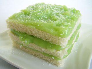 Kanom Pan Sungkayha Thai Sandwich Cake Ferd Ma Fervert Pinterest Sandwich Cake And Thai Food Recipes
