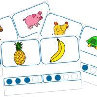 Voici un petit jeux auto-correctifs pour s'entraîner à compter les syllabes. Il peut facilement être utilisé en atelier autonome. L'enfant prend une carte avec une image et place le bon nombre de...
