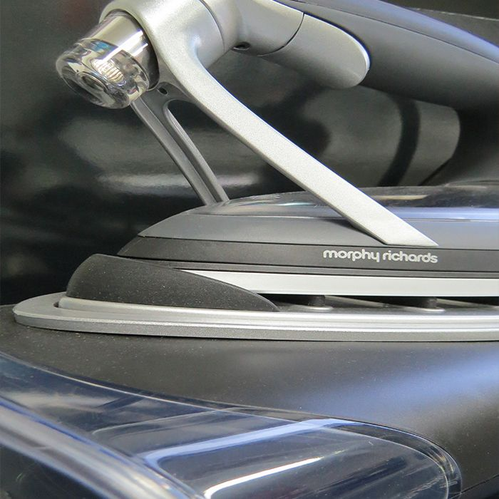 Innovation and exceptional quality that has equal aesthetic consideration. The Morphy Richards Redefine Vapocare iron gives your clothes a superior finish without the need for steam. Using 80% less water and 75% less energy, join the revolution!