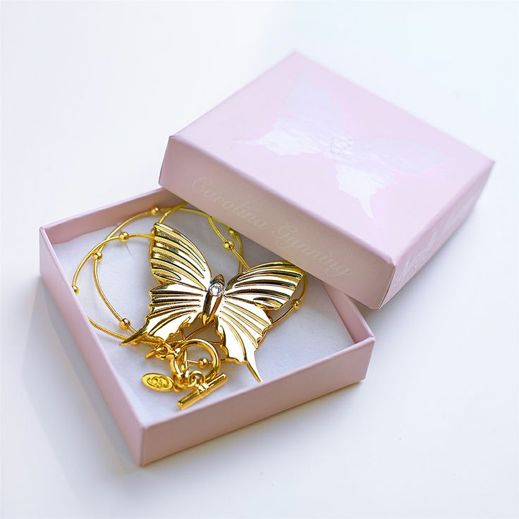 Butterfly Halsband, Vit Swarovski Kristall - Carolina Gynning - Carolina Gynning - RoyalDesign.se 795 SEK