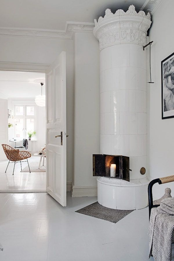 A serene white and grey Swedish apartment