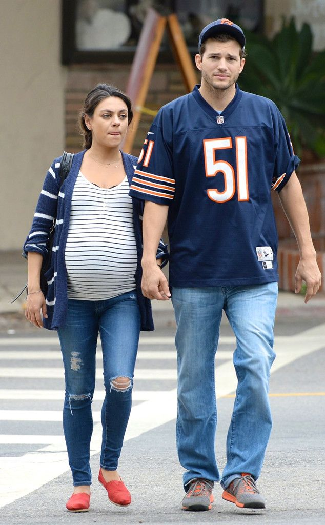 Pregnant Mila Kunis and Ashton Kutcher Grab Coffee, Visit the Dog Park and Enjoy Brunch With Pals