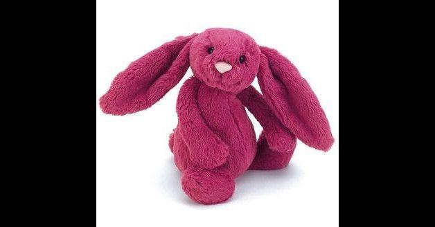 Mięciutki, mocno różowy króliczek może stać się ulubionym przyjacielem każdego dziecka. Wykonany z bezpiecznych i wysokogatunkowych tkanin - przeznaczony dla dzieci już od pierwszego dnia życia....