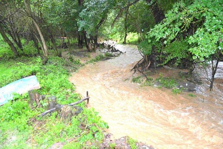 máj 2016 - rozvodnený potok v Horši