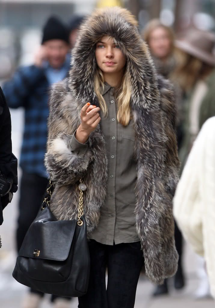 17 Best images about Hooded Furs on Pinterest | Coats, Vintage fur ...