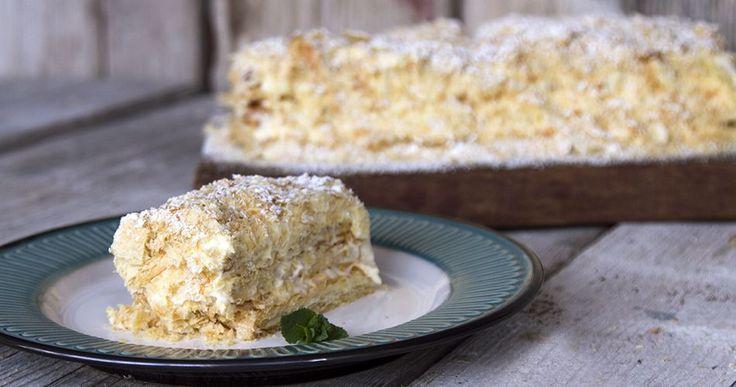 Μιλφέιγ. Το γλυκό με τα χίλια φύλλα. Η τέλεια συνταγή για το αγαπημένο μας γλυκό από τον Άκη. Το νοστιμότερο μιλφέιγ που έχετε δοκιμάσει.
