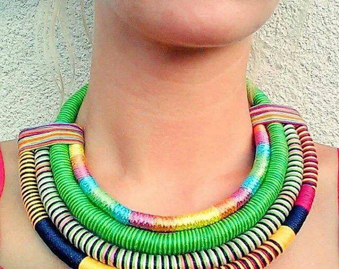 Dichiarazione colorato collana collana etnica corda collana collana africana Massai Necklacee Gioielli africani moda africana tribale collana