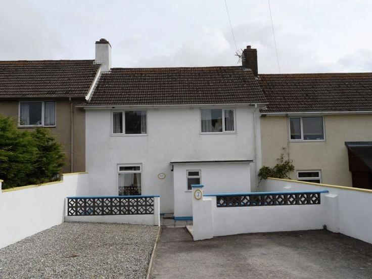 £205,000  3 Bedroom Terraced House - Raleigh Close, Dartmouth, Devon, TQ6 9LB Estate Agents