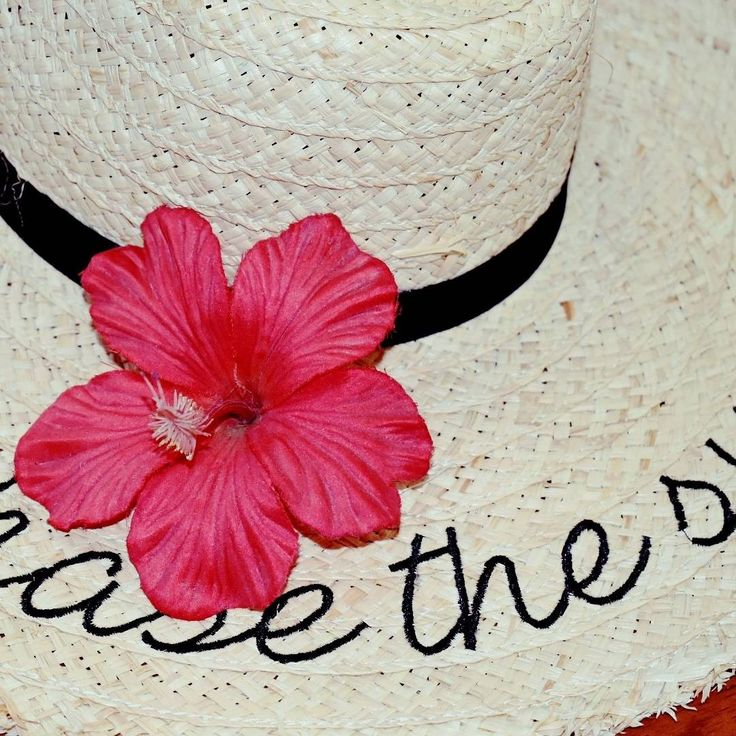 Chase the sun hat hibiscus floppy