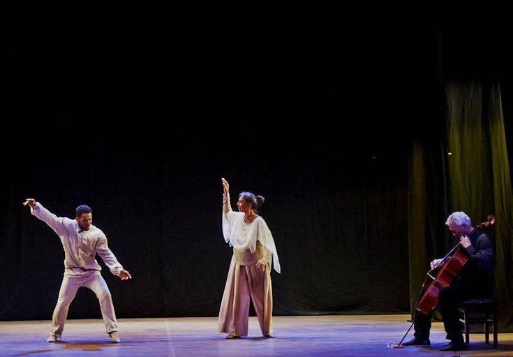 No sábado, Encontro em Bach reúne música clássica, breaking e euritimia no Mirante da Dança - Neste final de semana, a primeira mostra de Dança Contemporânea de Botucatu – Mirante da Dança – misturará Euritmia, Breaking e Música Clássica, com o espetáculo Encontro em Bach, do Trio Co-Move, formado pelos artistas botucatuenses, Jonas Estevão, Patrícia e Claudio Bertalot. O mesmo grupo ainda  - http://acontecebotucatu.com.br/cultura/no-sabado-encontro-em-bach-