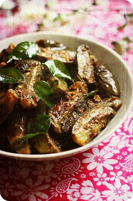 Achari Baingan (Eggplants cooked with pickling spices)    Recipe ~ http://www.monsoonspice.com/2013/01/achari-baingan-recipe-eggplants-with.html