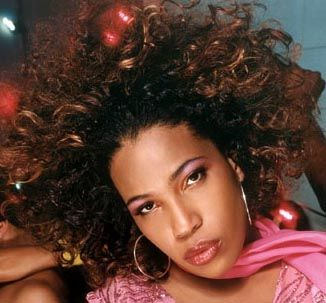 macy gray i love her different voice amazing lady :)