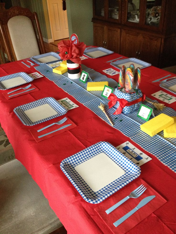 Wizard Of Oz Party By Amyboose Simple Red Table Cloth With Blue