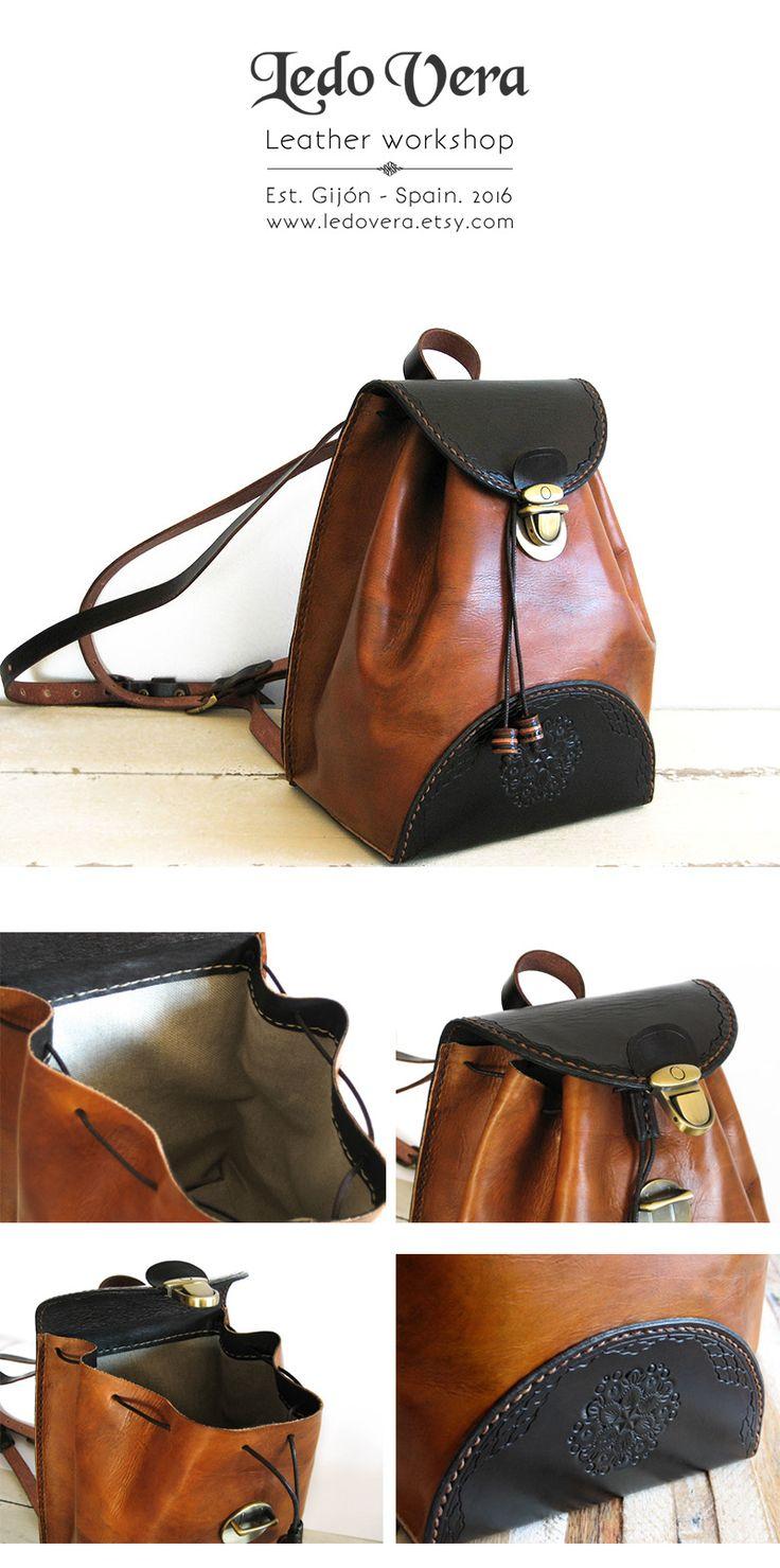 Mochila de cuero hecha a mano, forrado en tela, pequeña y ligera, perfecta para usar a diario. Hand crafted leather backpack. #mochila #cuero #leather #bakcpack #handmade