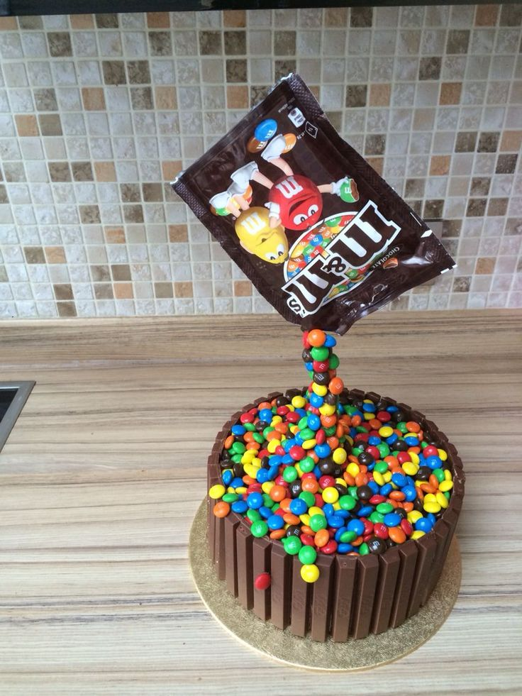Anti gravity m&m and kitkat cake