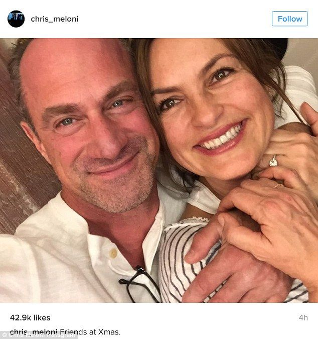 Best present ever! Mariska Hargitay and Christopher Meloni posted a holiday selfie reunion on Tuesday, surprising and delighting fans