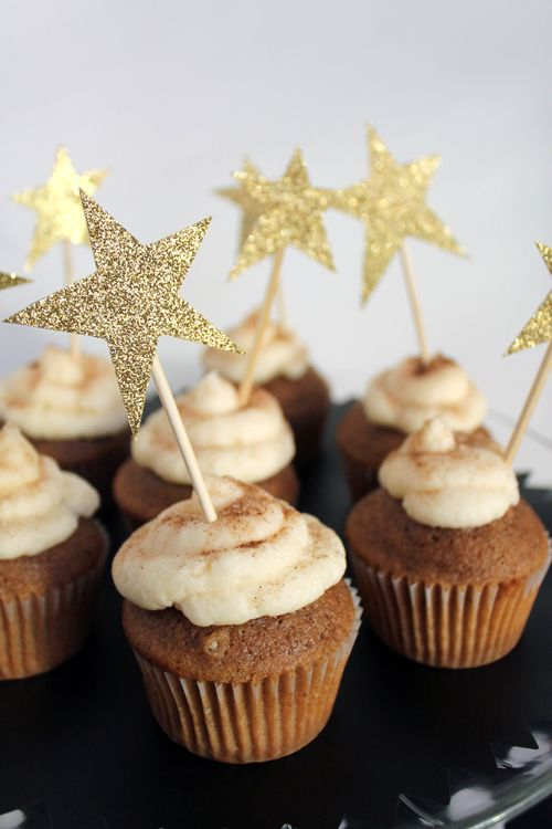 Glitter star cupcake toppers.