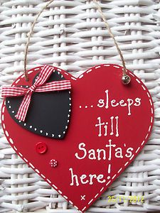 "WOODEN HEART PLAQUE""COUNTDOWN TO CHRISTMAS""..."".......SLEEPS TILL SANTA'S HERE!"" 