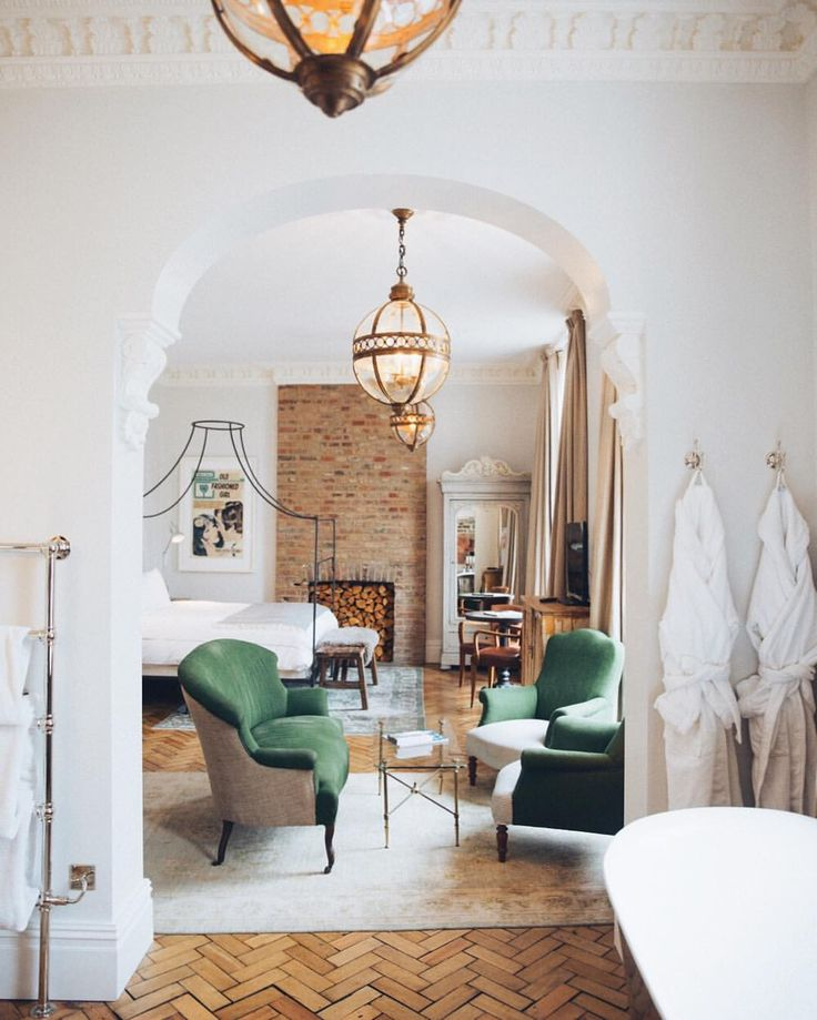 "9,471 Likes, 76 Comments - Rosie (@rosielondoner) on Instagram: ""Prepare to be floored by the interiors in today's www.thelondoner.me blog post! ‍‍"""