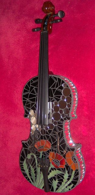 Poppy Violin