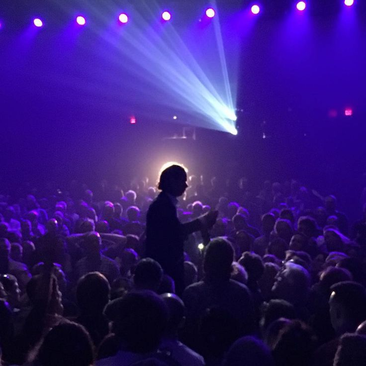 June 22, 2017 - The Queen Elizabeth Theatre, Vancouver CAN (repost from Nick Cave @nickcaveofficial on Instagram, photo by @neilemc)