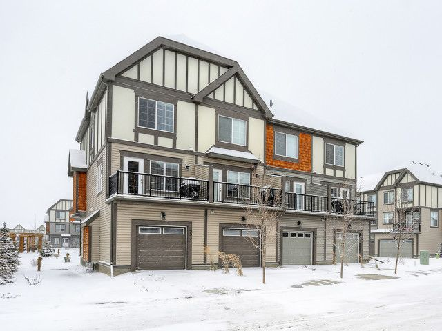 Fully upgraded, this sunny end unit townhouse in New Brighton offers one of the best locations in the complex boasting a beautiful open view down the courtyard. Fully finished on three levels, with an eat-in kitchen and double master, this unit is perfect for roommates.  MLS: C3645082 Price: $359,900  Visit the realtor's website for more information and photos: http://francesdares.ca/listings/453-130-new-brighton-way-se/