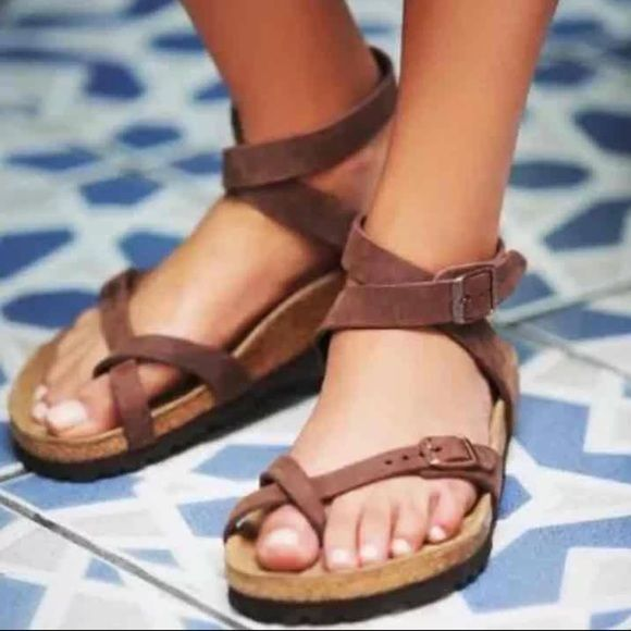 Shop Women's Birkenstock Brown Tan size 9 Sandals at a discounted price at Poshmark. Description: Not for sale, I'm ISO size 39.. Sold by libbydenney. Fast delivery, full service customer support.