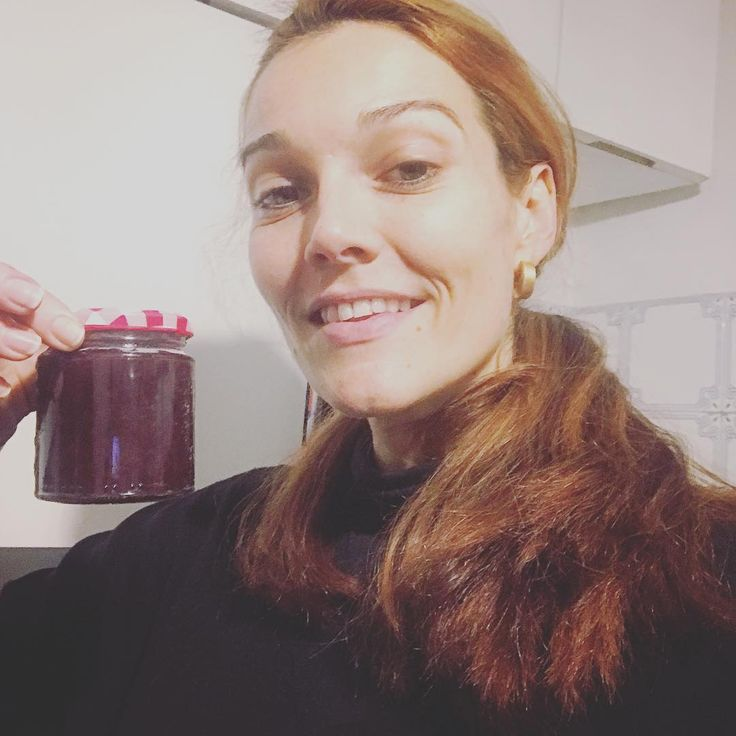 "25 Me gusta, 3 comentarios - Pilar Abella (@pilarabellaofficial) en Instagram: ""Just made for the first time homemade marmalade with the fragolino grapes from my vines. 10…"""