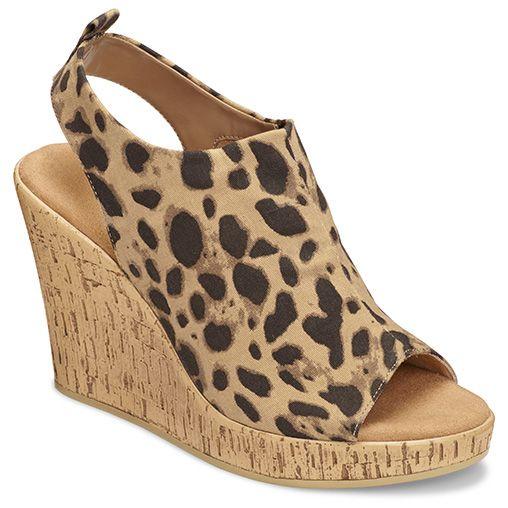 Aerosoles Women's World Traveler Wedge Sandal Leopard Tan Fabric Size 6 M,  Brown