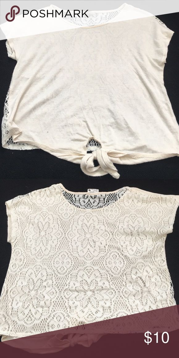 Girls cream short sleeve top with lace back Short sleeve top Tilly's Shirts & Tops Tees - Short Sleeve
