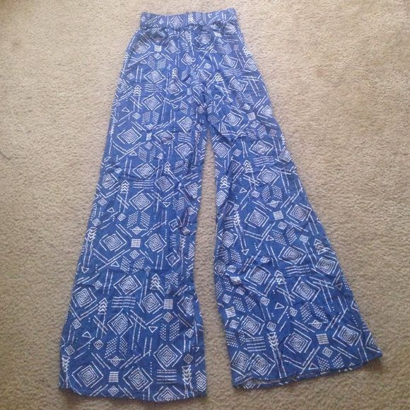 Blue & white Polazzo pants High waisted. Elastic waist. Wide leg opening. 30 inch inseam. Mossimo Supply Co. Pants