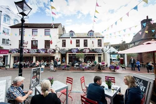 .Afternoon Brighton Lovers - huge congratulations to local restaurants Terre A Terre & 24, St Georges, both of whom have just been named as runners up for Best Restaurant in the Observer Food Monthly Awards, plus Terre a Terre also won runner up for Best Ethical Restaurant! Love great restaurants,