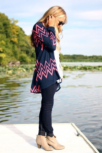 UOI Blog: LA Valley Cardi: Woman Fashion, La Valley, Dreams Closet, Fall Wins, Clothing Accessories, Woman Tops, Cardigans And Cowboys Boots, Chevron Cardigans, Valley Cardi