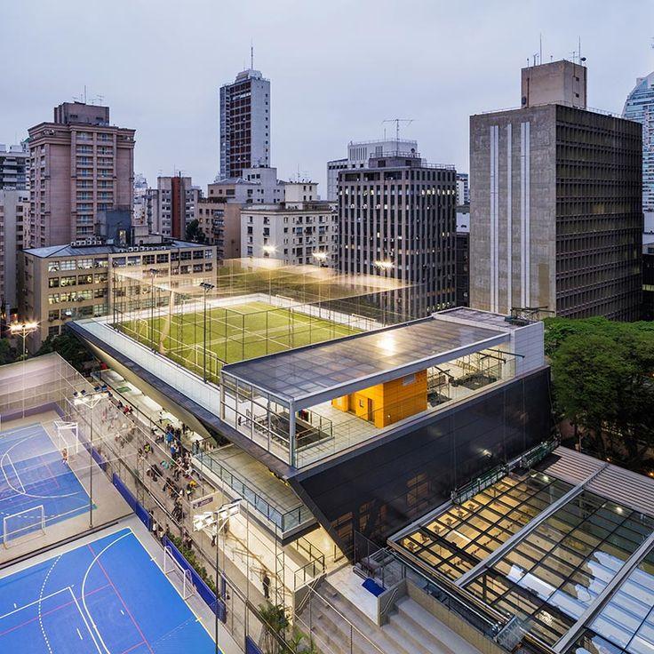 Quadras descobertas à esquerda, ginásio no centro e piscina coberta à direita: integração das áreas esportivas estava prevista no plano diretor