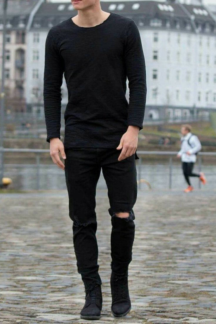 1968652e243 Love wearing all black outfits  Then you are going to love these amazing all  black outfit ideas  mensfashion  fashion  allblack
