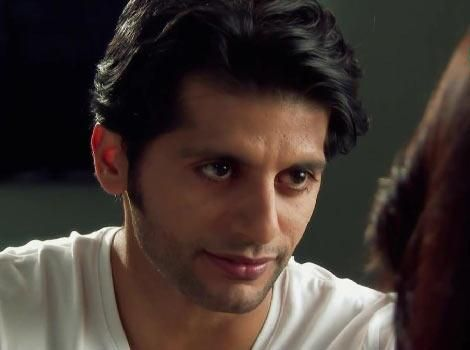 Karanvir Bohra returns back to #QuboolHai,Time for Fans to Rejoice  http://www.indiatellytalkies.com/karanvir-bohra-returns-back-to-qubool-haitime-for-fans-to-rejoice/…