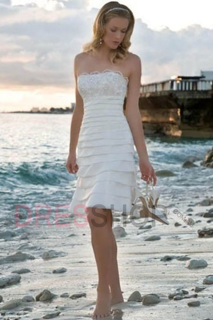 33 best Wedding dresses images on Pinterest | Wedding frocks ...