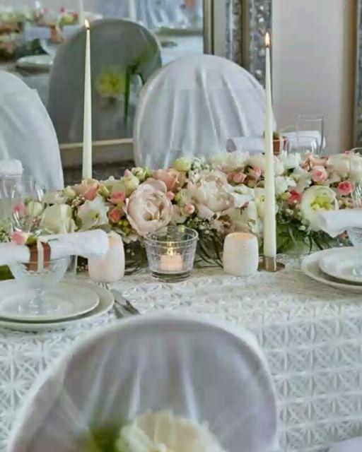 #pyntetilfest #fest  #bord  #dukettilfest  #dekorasjon  #blomster  #festbord  #inspirasjon  #blomsterstua #Jessheim  #blomsterstuaJessheim  #konfirmasjon  #bryllup  #brud  #wedding #bordpynt #lekkert