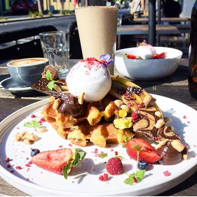 Peanut butter @almomilk shakes and waffles @commongalaxia West side know how to shake things up for brunch! #almo #melbcafes #melbbrunch #breakfastinmelbourne #waffles #vegansofau #vegansofig #veganlife #veganfood