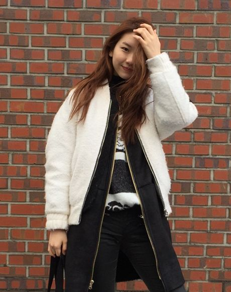 Korean fashion model Kim Jin Kyung with Rose Knit Pullover by #luckyshouette #wannabk