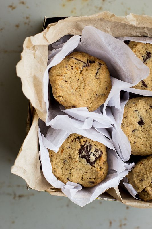 my darling lemon thyme: gluten-free spiced orange chocolate chunk cookies recipe and a bunch of Christmas links...
